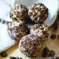 Peanut Butter and Dark Chocolate Cheesecake Fat Bombs