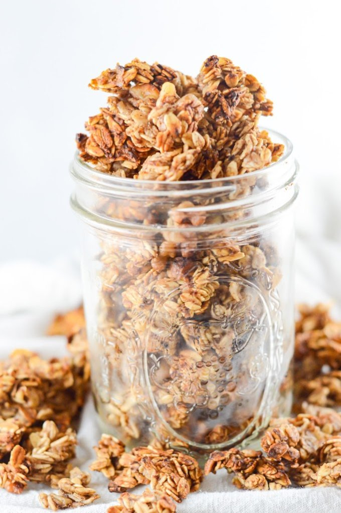 Banana bread granola in a mason jar