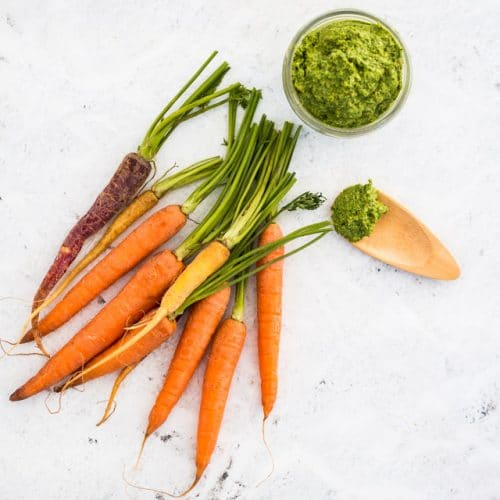 What To Do With Carrot Greens: Carrot Top Pesto